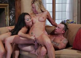 FFM threesome fucking for Asa Akira and Jessica Drake