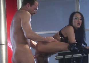 Alektra Blue asks her man to stick his beefy pole in her face hole