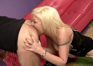 Big tits golden-haired gives her fresh stud a rim job after being screwed