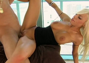 Busty blonde princess Britney Amber nailed after giving head