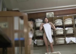 Lengthy legged Japanese girls naked in changing room pk06