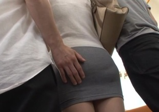 Kanon Takikawa nasty Asian milf gives a public double oral-job
