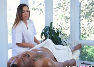 Jaye Summers Gives BBC Massage Therapy