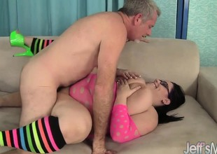Horny milf Lyla Everwett takes a obese cock in her twat