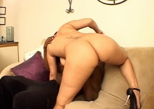 This scene with ebony starlet 'Fire' is called Honey, and features 25 minutes of amazing ass, big natural tits, and endless libido.  Justin Slayer is the lucky dude playing with her pussy just a couple minutes into the video.  She treats his cock and ball