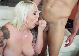 Chunky blonde squirts with cock in her shaved love tunnel