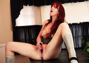 Veronica Ricci plays with her moist love box in solo scene