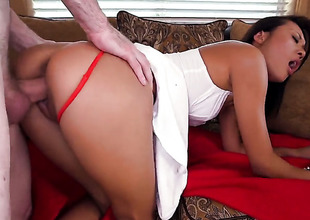 Brunette Alyssa Lynn with large ass and Alina Li show their love for soaked spot in lesbo action