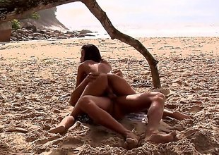 Awesome Brazilian bitch is ready for some freaky action with her boyfriend on the beach. Long haired slut with a natural body enjoys getting her both holes drilled with a big dick. Brazilian porn is the best!