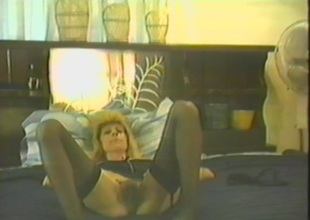 Superb blonde enjoys being banged missionary style in a homemade scene