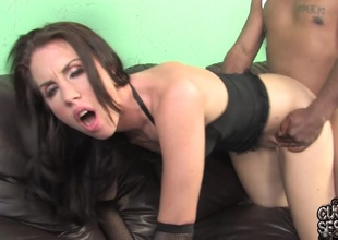 Maggie Matthews sucks a BBC and takes it in her cunt in cuckold episode