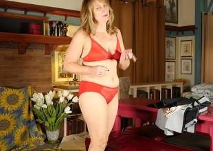 Horny American housewife masturbating