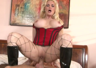 Hot blonde MILF in fishnets Diamond Foxxx gets gangbanged well