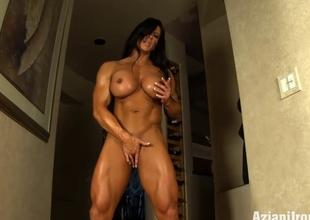 Aziani Steel Angela Salvagno female bodybuilder receive in nature's garb