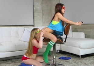 Vannessa Phoenix & Lexxxus Adams & Jmac in Nerdy Gamer Hotties - TeensLoveHugeCocks