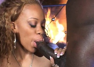 Sistah with a thirst for hard chocolate dicks gets it on balls deep