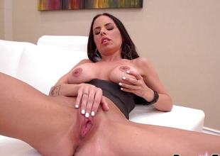Brandy Aniston masturbating with her favourite vibrator