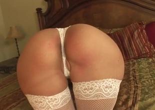 Blindfolded white slut sucks huge black dick