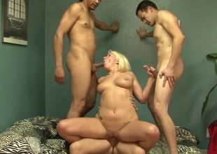 Bulky slut screwed by a trio of guys
