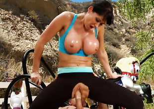 Eva Karera is getting an anal gangbang