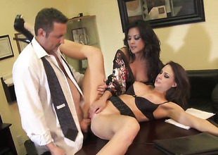 Chanel Preston is on fire in solo scene