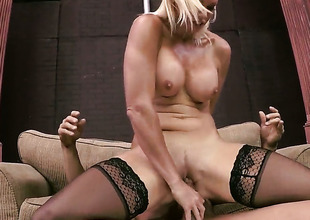 Rhylee Richards enjoys sex with her fuck buddy Tommy Gunn too much to stop