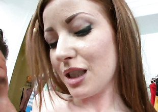 Nikki Rhodes kills time blowing guys rigid dick