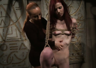 Mature Katy Parker and Niki Fox are lesbian love birds that do it with excitement and desire