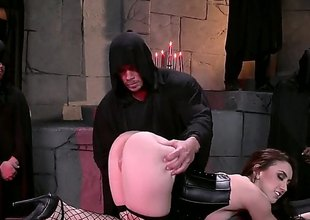 Brunette hair with a really big ass, Mandy Muse, is in black lingerie, black fishnet stockings and shes going to love this bondage time where theyre putting her arse to the test