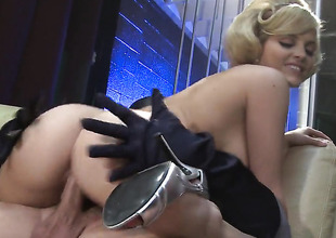 Alexis Texas makes a dream of never-ending fucking a reality