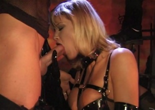 Two guys and a hawt blonde in fetish hardcore Ffm threesome