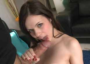 Wench Nekane rides her Pussy on a big Cock