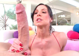 Kendra Lust can't live without glass sex toys as well as dick