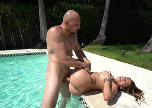 Curvy Juliana Vega fucked hard in the pool