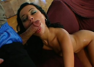 Eager amateur likes to stick his man meat inside a pleasant brunette