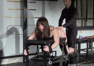 Lisas amateur spanking