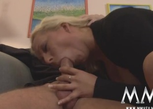 Arousing blowjob from a slutty German milf