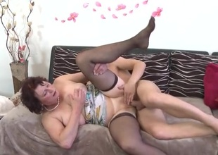 Bald mature cookie banged by a young dick