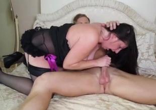 Old BBW in lingerie pleasures his juvenile dick