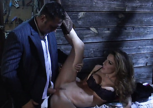 Kayla Paige drops on her knees to gives blowjob to handsome guy
