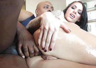 Hot brunette babe Juelz Ventura fucked up her pussy hole by huge bbc
