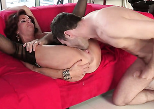 Veronica Avluv with large melons has a great time playing with cum loaded dick