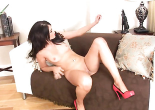 Incredibly sexy temptress Megan Coxxx cant stop dildoing her wet spot