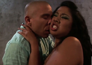 Kya Tropic is admirable on her way to make hard dicked dude shoot his load on oral action