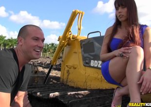 That babe visits the construction site and he bulldozes that pussy