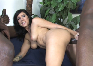 Horn brunette mommy Tori Lux gets her ass hole hammered with bbc