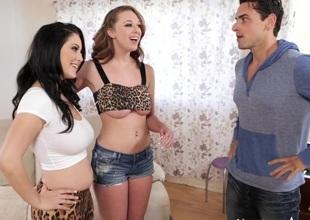 Brooke Wylde & Noelle Easton & Ryan Driller in My Girlfriends Busty Friend