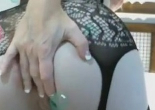 Naughtyjane2009 Milf squirt on web camera