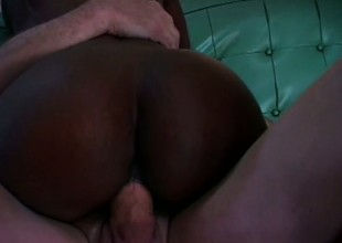 Black whore with hot long legs has a white guy pounding her pink cunt