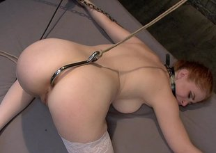 Removing ass hook to fuck her hard in the ass